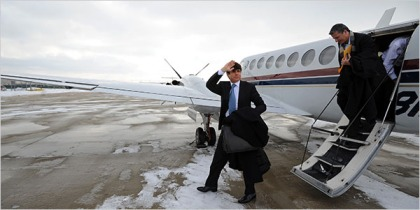 Illinois Governor Rod Blagojevich arriving home in Chicago after speaking in his own defense at his impeachment hearing at the state capitol in Springfield, Illinois on Thursday.