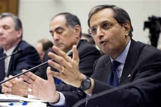 From right, Citigroup Chief Executive Officer Vikram Pandit, Morgan Stanley Chairman and Chief Executive Officer John Mack, State Street Corporation Chairman and Chief Executive Officer Ronald E. Logue, testify on Capitol Hill in Washington, Wednesday, Feb. 11,2009, before the House Financial Services Committee.
